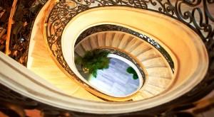 Holiday-Beach-Danang-Hotel-Spa-Staircase